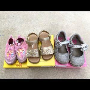 Bundle cute shoes